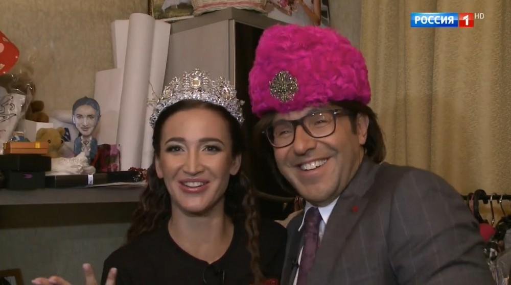 Шок-контент: шляпы Lilia Fisher в гардеробе Ольги Бузовой